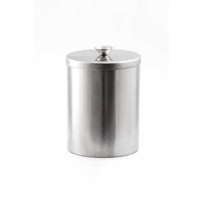 Большой стальной стакан